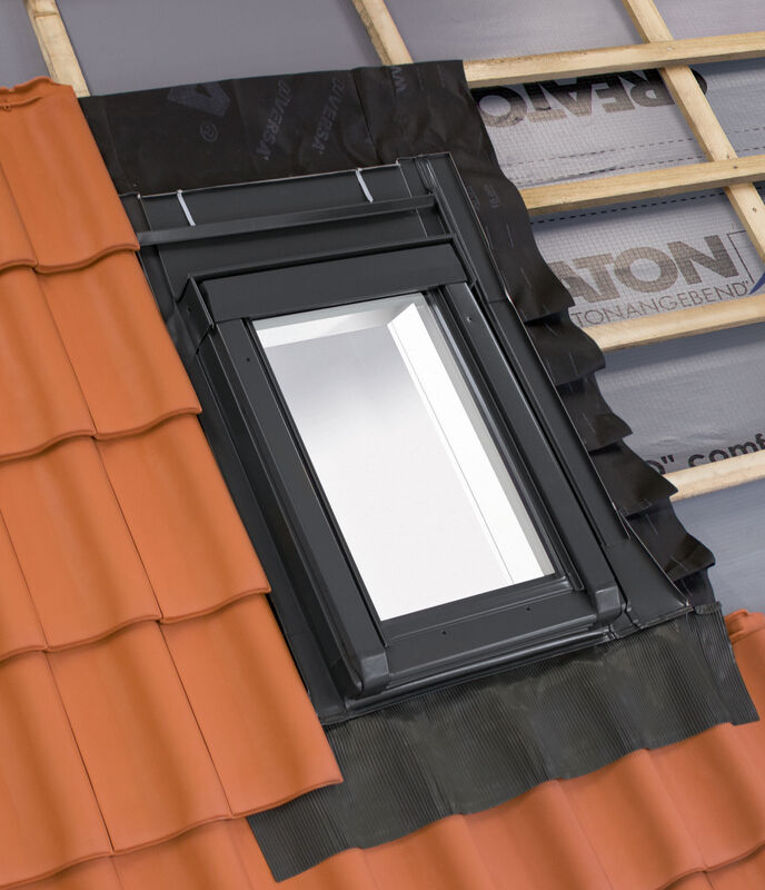 Tepelně izolovaný střešní výlez 55 x 78 cm